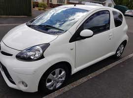 Toyota Aygo, 2012 (62) white hatchback, Manual Petrol, 25,200 miles