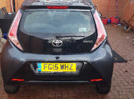 Toyota Aygo, 2015 (15) Grey Hatchback, Manual Petrol, 39,855 miles