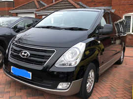 Hyundai i800, 2017 (17) Black MPV, Manual Diesel, 49,000 miles