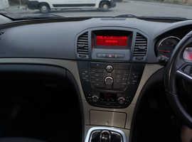 Vauxhall Insignia, 2010 (60) Silver Hatchback, Manual Diesel, 77,742 miles