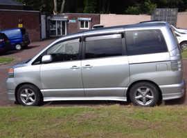 Toyota voxy. 2002 (02) silver mpv, Automatic Petrol, 86 miles