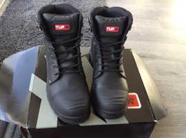 Size 10 work steel toe cap boots