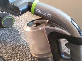 G Tec vacuum cleaners
