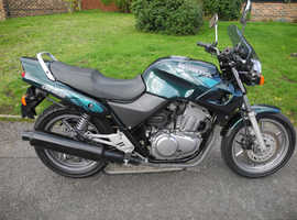 Honda CB500 very good condition. Very low mileage