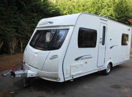 Lunar Quasar 534 2011 4 Berth Fixed Bed Caravan + Motor Movers