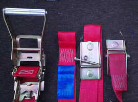 Transport belt with a tensioner