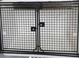 Lintran dog cage
