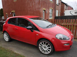 Fiat Punto, 2012 (12) Red Hatchback, Manual Petrol, 73,498 miles