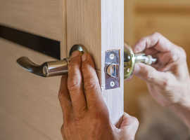 Local 24/7 Emergency Locksmith in Barnet – 30 Minutes Away!