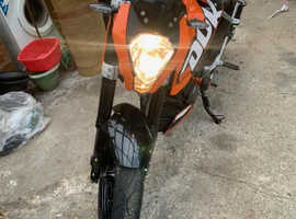 KTM, DUKE, 2013, 200 (cc),very low miles,immaculate