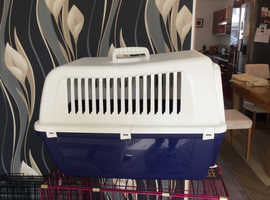 Small dog/cat carrier
