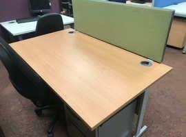 1400mm x 800mm Straight Beech Desk - Canter Leaver