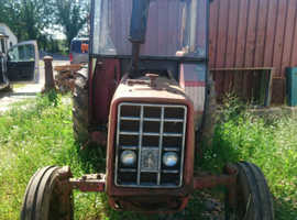 INTERNATIONAL 454 2WD TRACTOR, IDEAL RESTORATION PROJECT, WORKING ORDER WITH V5