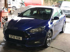 Ford Focus, 2015 (15) Blue Hatchback, Manual Diesel, 56,000 miles