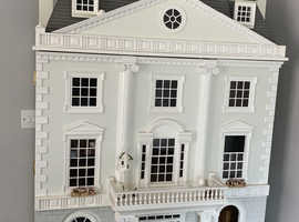 Stunning dolls house