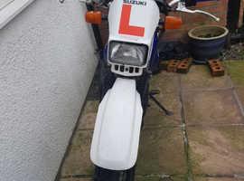 Suzuki dr 125 2001