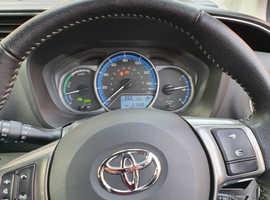 Toyota Yaris, 2015 (15) White Hatchback, Cvt , 51,500 miles