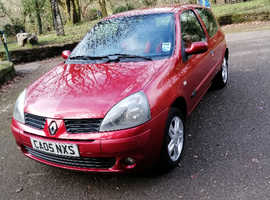 Renault Clio, 2005 (05) red hatchback, Manual Petrol, 88,000 miles