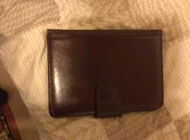 Tula leather portfolio case