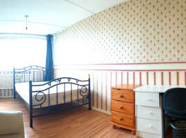 2 ROOMS - single and double   Elephant & Castle (zone 1/2)