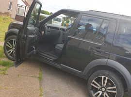 Land Rover Discovery, 2006 (06) Black Estate, Automatic Diesel, 140,000 miles