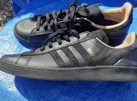 Adidas originals  size 11  NEW