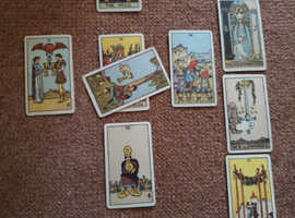 Intuitive tarot readings available from experienced gent