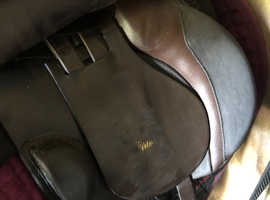 17 inch brown Xw Origin by ideal saddle