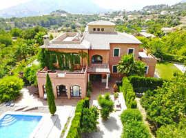 Luxury Villa Holiday 18+ guests. Finestrat, Benidorm, Spain.