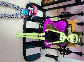 Monster High Doll #40C Iris Clops