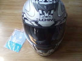 Duchinni motorbike helmet for sale