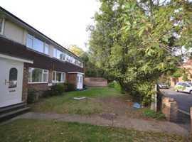A spacious ground floor 3 bedroom Maisonette to rent Lexden Road, Co3