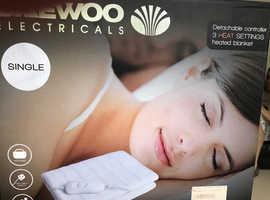 Daewoo single electric blanket - New in box