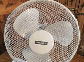 "Status 12"" Oscillating White Desk Fan, 3 Speed Adjustable, Home, Office, Work"