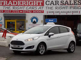 2013/13 Ford Fiesta 1.5 TDCi Zetec finished in Arctic White. 69,709 miles