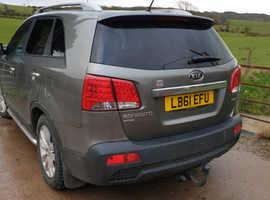Kia Sorento, 2011 (61) Silver Estate, Manual Diesel, 111,000 miles