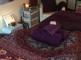Feel relaxed and re-balanced with healing Reiki session Indian Head Massage in a beautiful, chilling environment.   Loyalty cards and gift