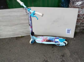 frozen 2 kids scooter also got a spiderman one
