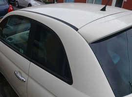 Fiat 500, 2009 (59) White Hatchback, Manual Diesel, 98,930 miles