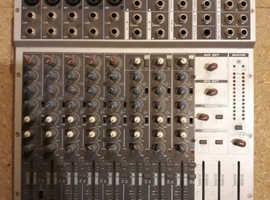 Phonic MM1705 Compact Mixer & mains supply
