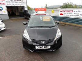 2012/62 Honda Jazz 1.4 i-VTEC ES AUTOMATIC finished in Phantom Black Metallic. 71,512 miles