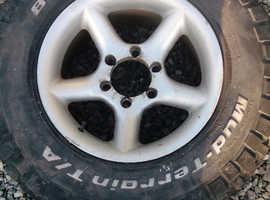 Bfgoodrich mud terrain tyres with alloys x4 l200, ranger, hilux, navara, I such