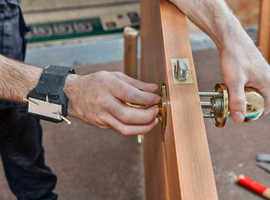 Looking for Cheap and Reliable Locksmith in north London? 24/7 Emergency Service.