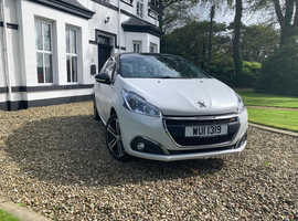 Peugeot 208, 2016 (66) White Hatchback, Manual Petrol, 43,500 miles