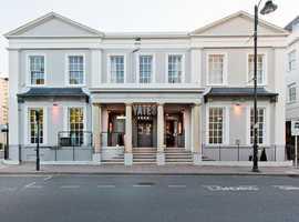 Bar Team Required at Yates, Cheltenham