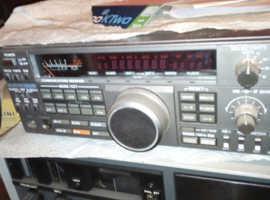 Kenwood R 5000 Yeasu FRG 7