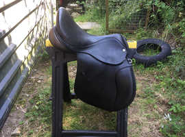 Mary King Cliff Barnsby Event Saddle 17.5 W