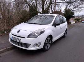 Renault Scenic, 2011 (61) White MPV, Manual Diesel, 97,500 miles