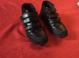 Boys school boot shoes