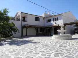 Excellent Cortijo with character Ref 4276